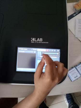 unboxing-spektrofotometer-testing-layar-sentuh-dengan-teknisi-pt-andaru-persada-mandiri